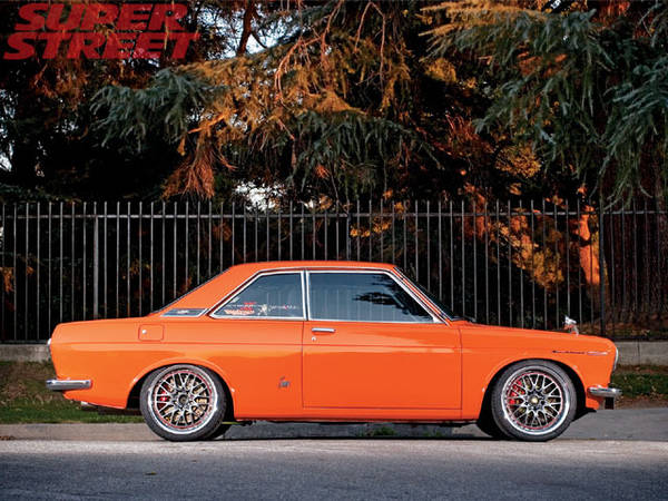 datsun-bluebird-coupe-05.jpg