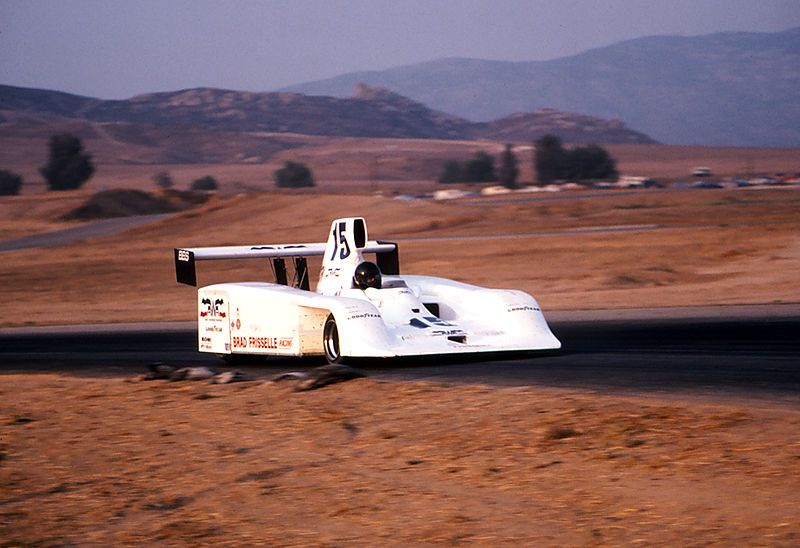 Morton testing Frissbee Can Am