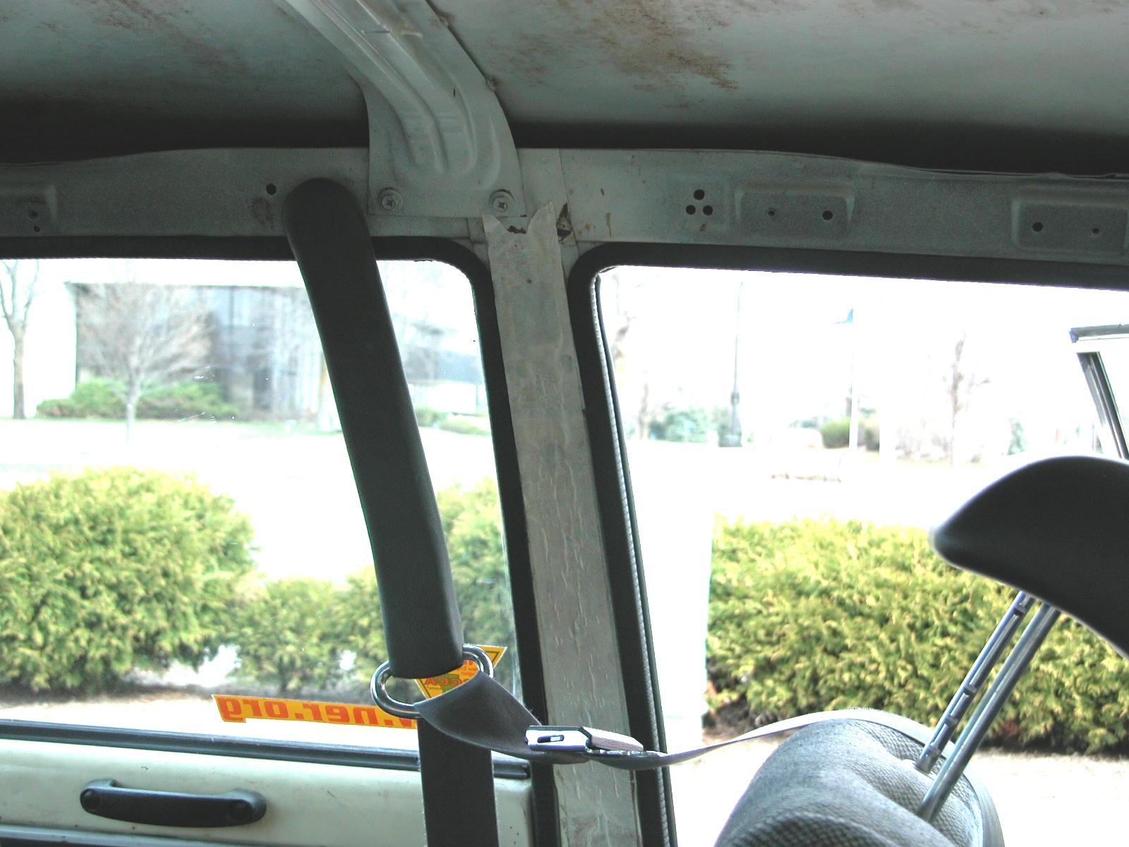 Retracting Seatbelt Install Dropdown