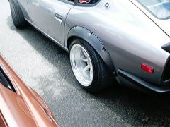SR powered 240z grey R wheel