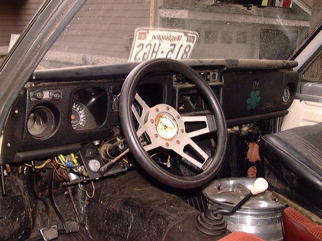 Hammer_steering_wheel