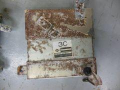 vg30et_rocker_tower_corrosion_03082013_2_