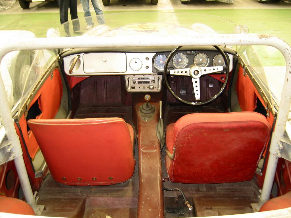 1500_Race_Car_Interior