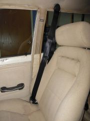 12302012_blanco_seat_belts_7_