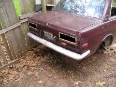Maroon_2_Door_Parts_Car_002
