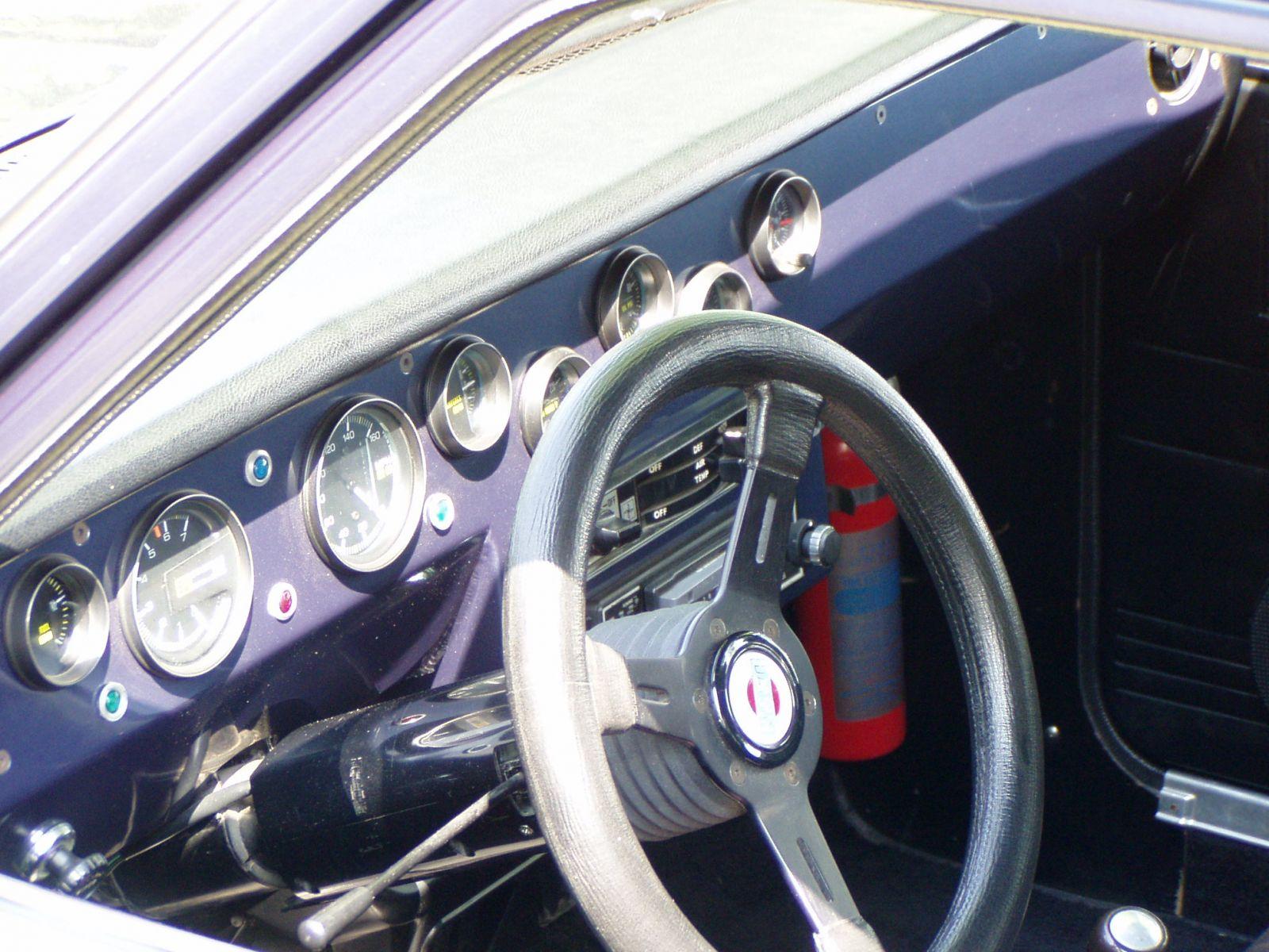 Nestor's custom dash and gauges