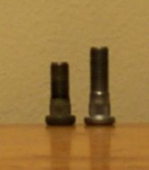 Z32 (right)  vs 280ZX wheel stud
