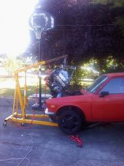 Engine_going_in2_8-15-10