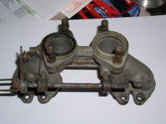 Single Weber Sidedraft Manifold, Carb side