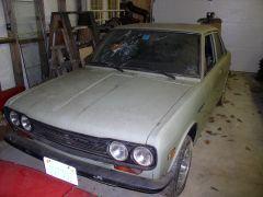 1971 Datsun 510 barn find, 1- front