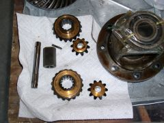 H190 Differential - 320 Side & Pinion Gears