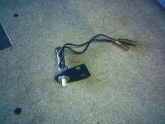 Glovebax lamp/switch (2 of 3)