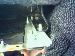 Right seat inner mounting (view looking front to rear)