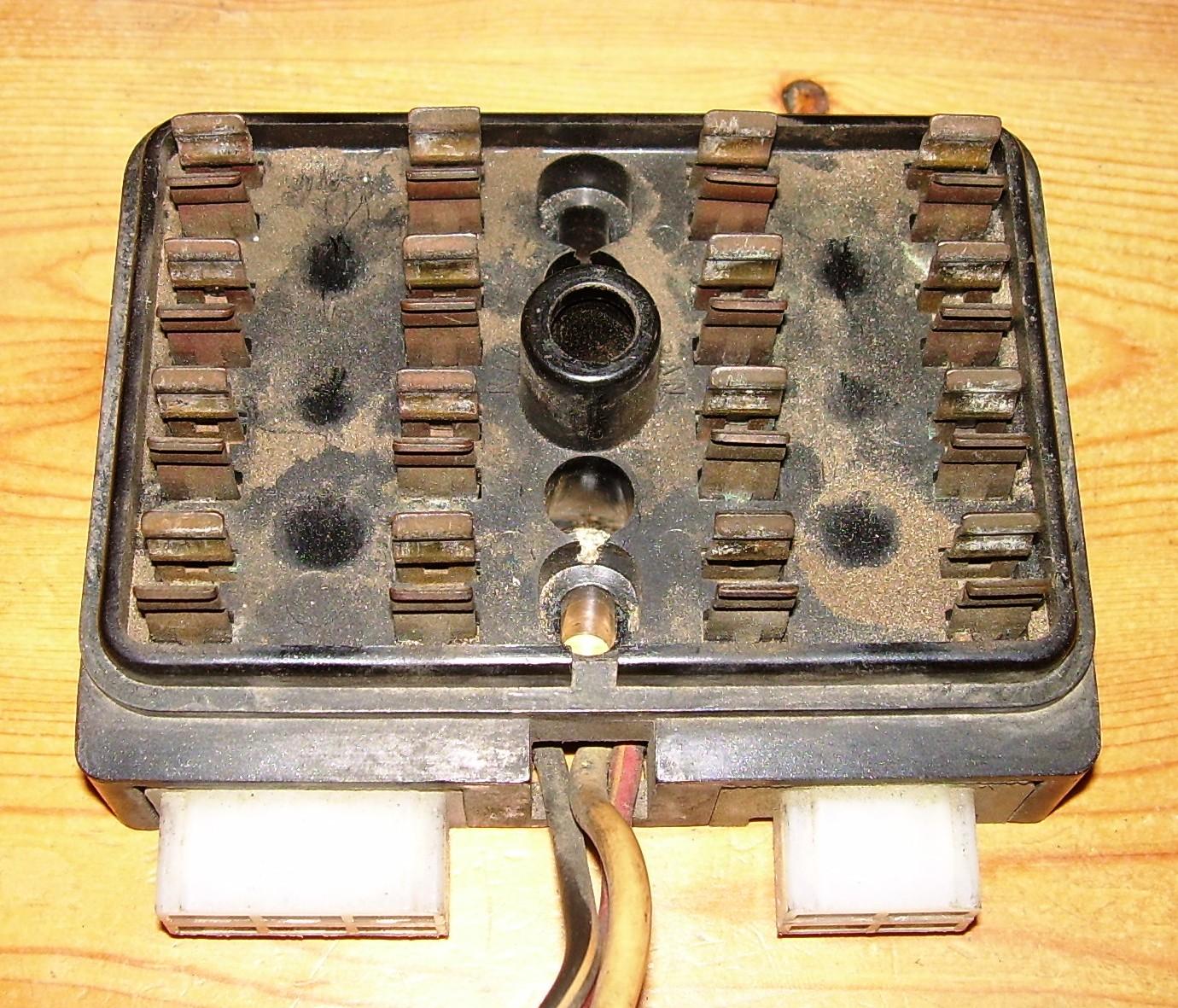 Datsun 510 Fuse Box Electrical Wiring Diagrams 260z Datsun510 Com 210 Before Vinegar Soak Top