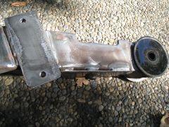 Rear sway bar bushing mounting bracket detail