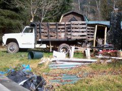 Cedar Firewood right off the truck into the splitter.