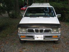 1995_Nissan_Truck_003
