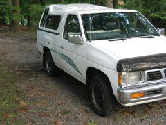 1995_Nissan_Truck_004