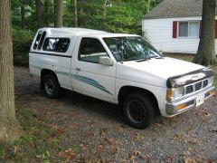 1995_Nissan_Truck_005