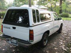 1995_Nissan_Truck_006
