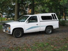 1995_Nissan_Truck_001