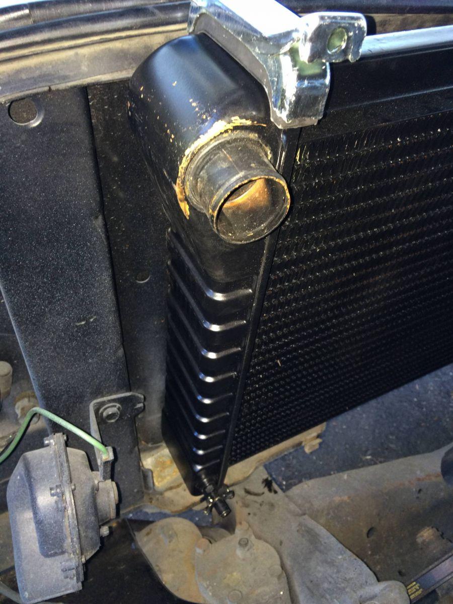 09202014_suburban_radiator_swap_14_