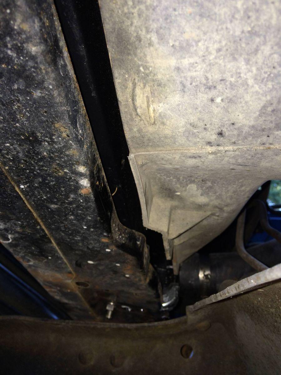 09202014_suburban_radiator_swap_19_