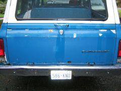 sub_rear_tailgate_rust_spots