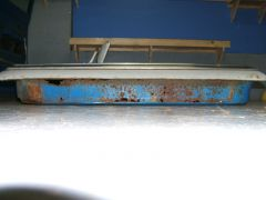 blue_door_bottom_side_1