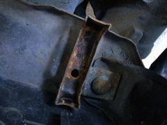 09132014_monster_truck_radiator_swap_3_
