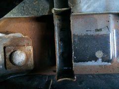 09132014_monster_truck_radiator_swap_4_