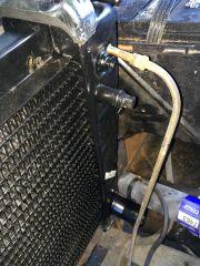 09202014_suburban_radiator_swap_15_