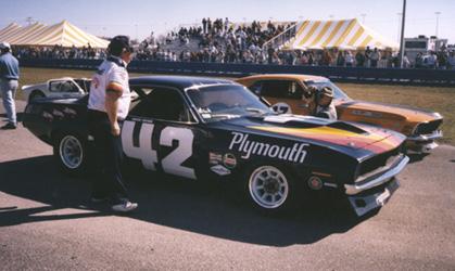 Daytona w/ Peter Brock taking picture