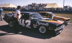 Daytona w/ Peter Brock taking picture