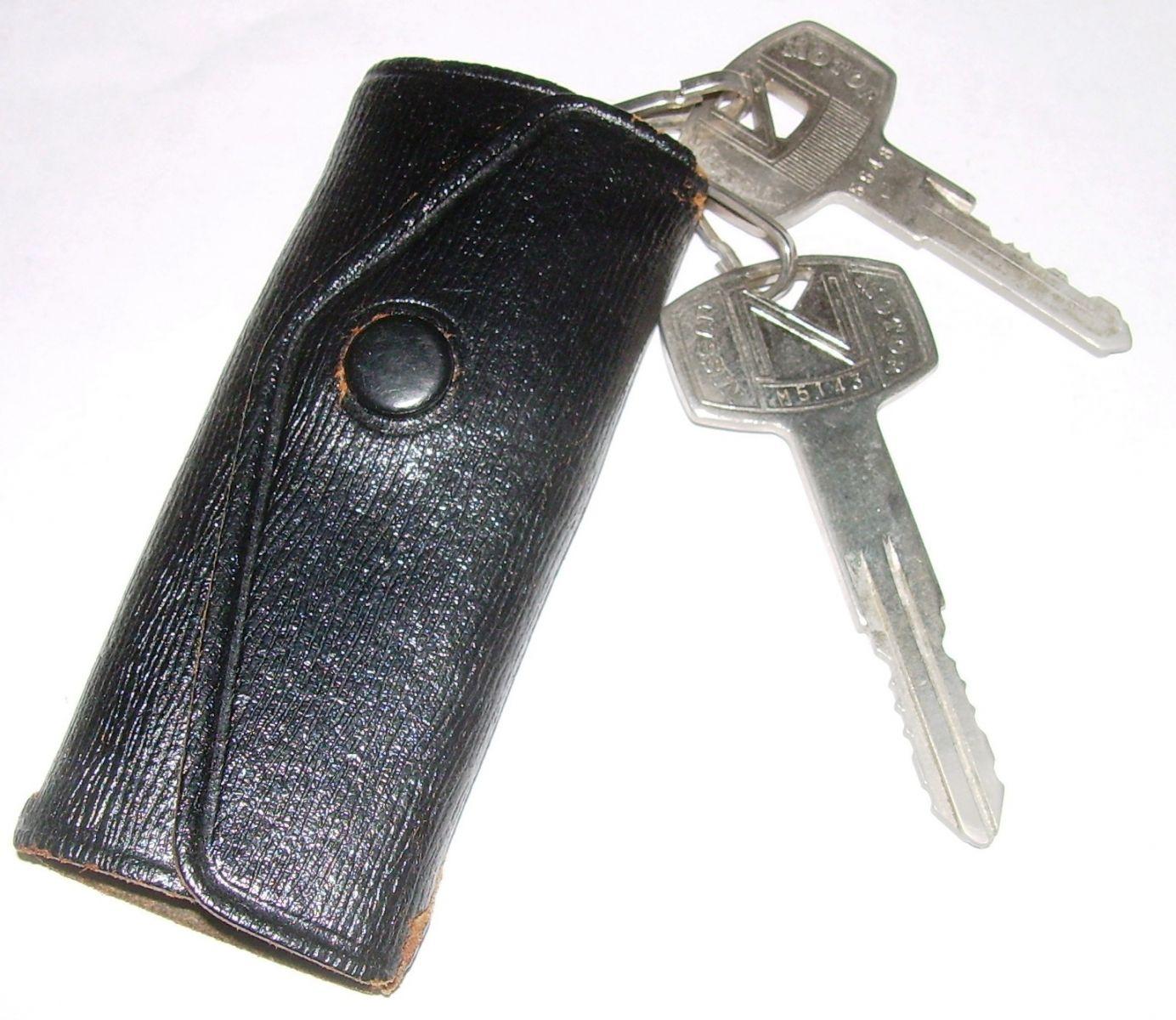 OEM pocket key holder