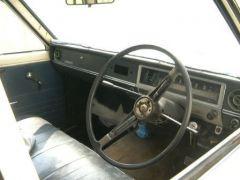 '68 Datsun 510 4 door RHD dash