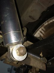 12202015 rice wagon rear shocks (13).JPG