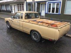 04082017 620 wood bed (2).JPG