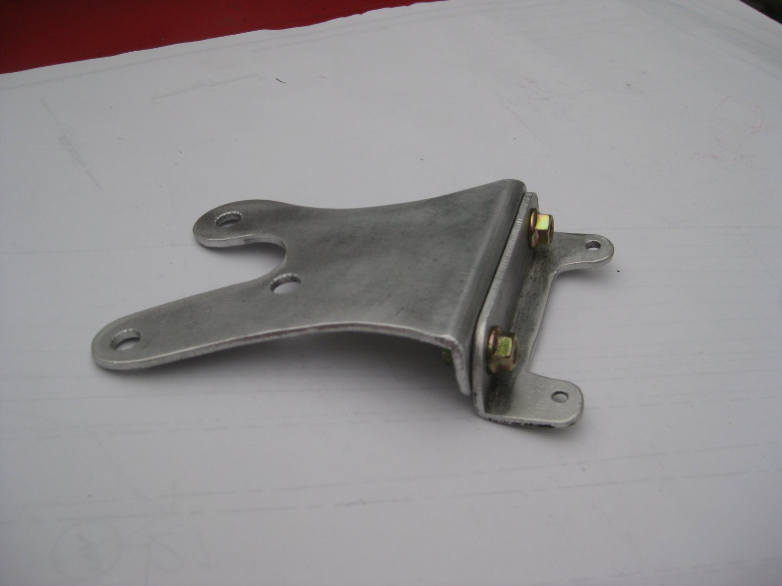 Aluminum Steering Box Brace Assembly