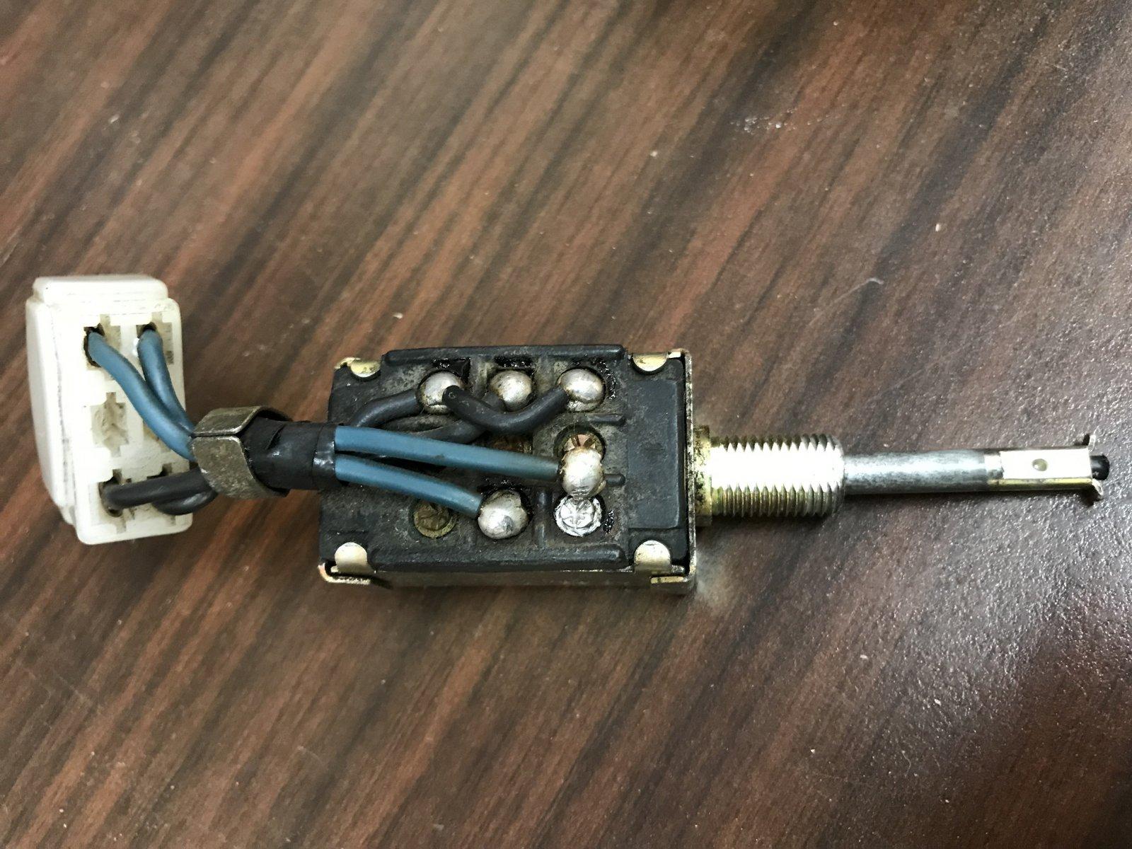 10292017 bruiser headlight switch (2).JPG