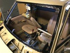 12282017 bruiser windshield and dash (8).JPG