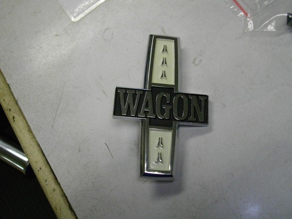 wagon fender emblem.jpg