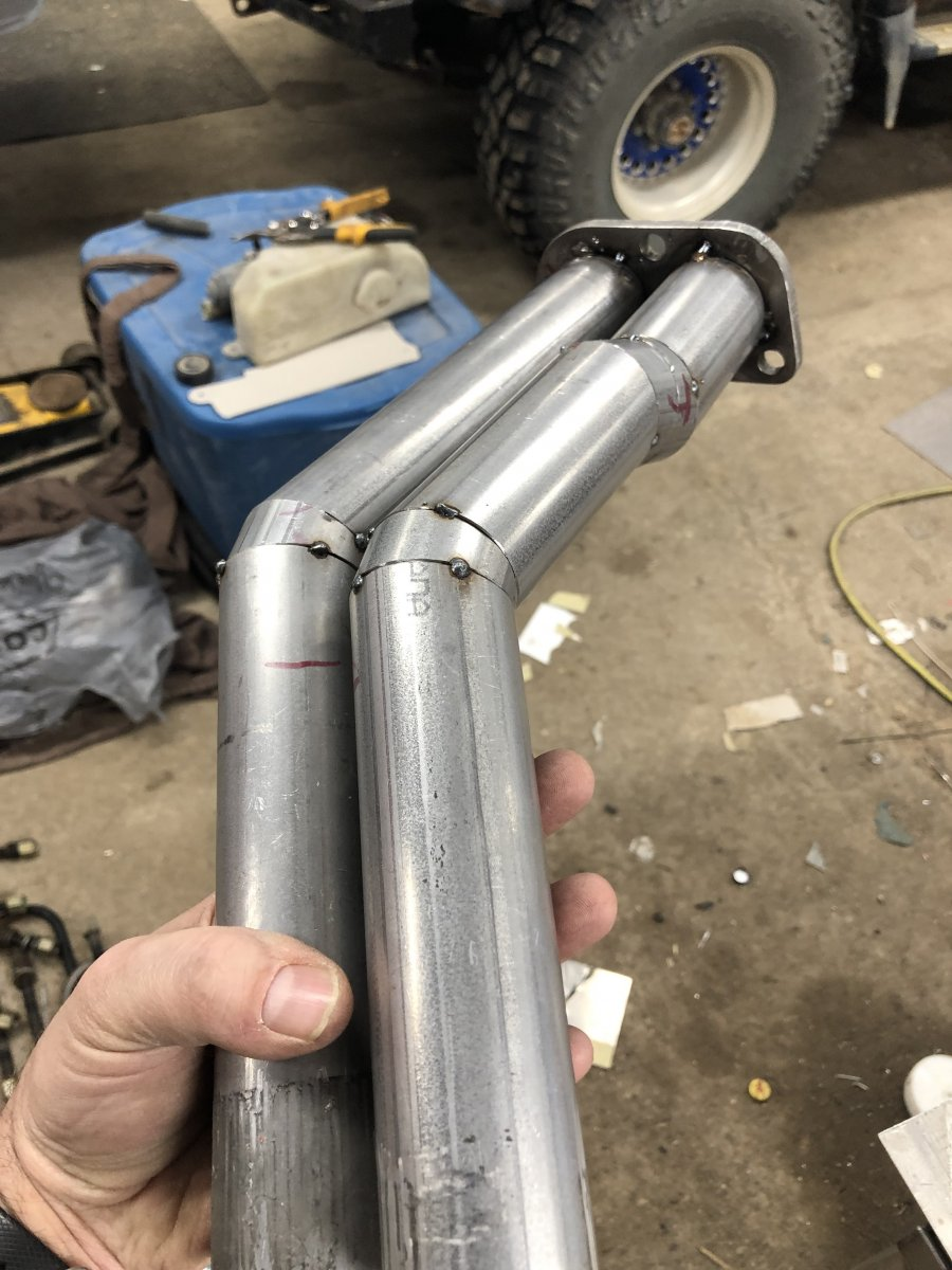 Down_pipe_tacked_1.jpg
