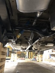 Exhaust_hanging_1.jpg